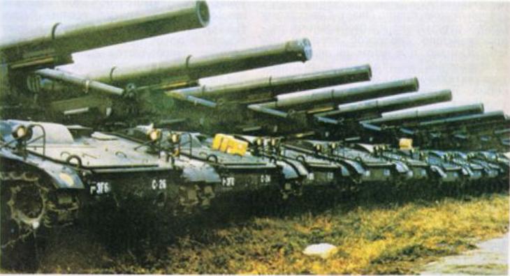 Самоходные 203,2-мм гаубицы